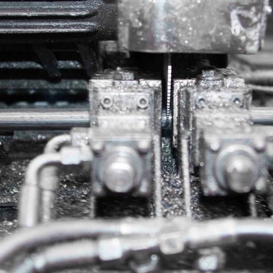 Lunghezze e taglio a misura per tubi in acciaio